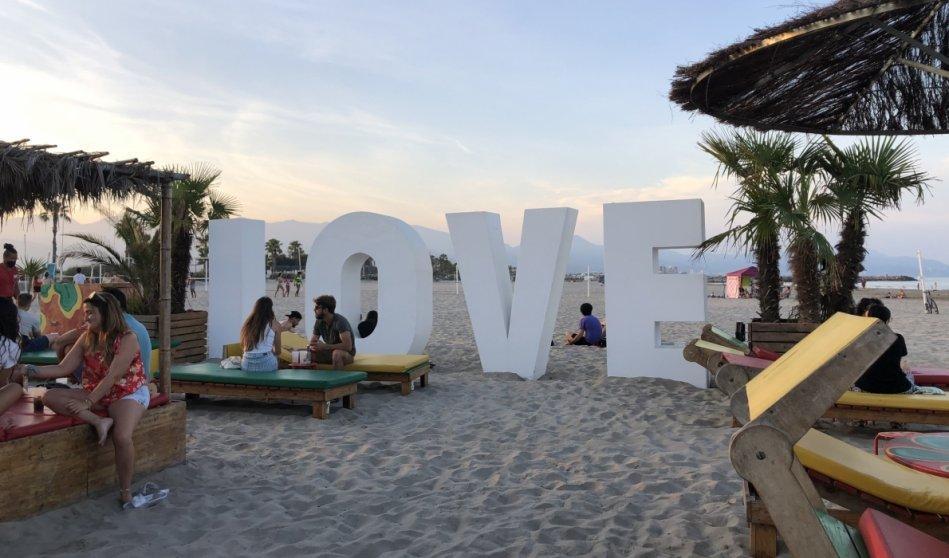Diversión familiar en el chiringuito Solé Rototom Beach