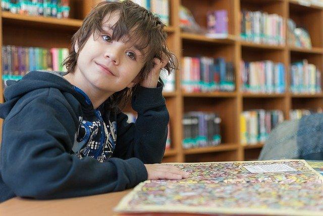 Biblioteca con niños