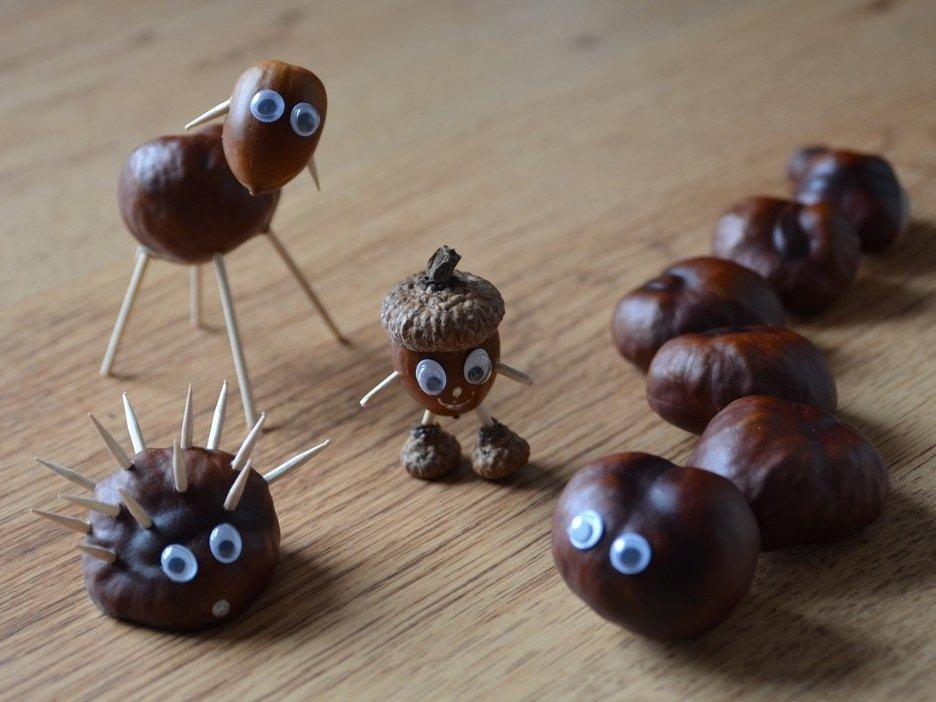 Animalitos hechos de castaños