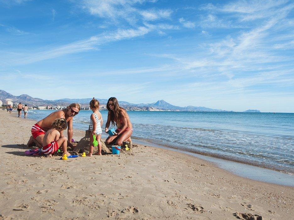 Campello with kids